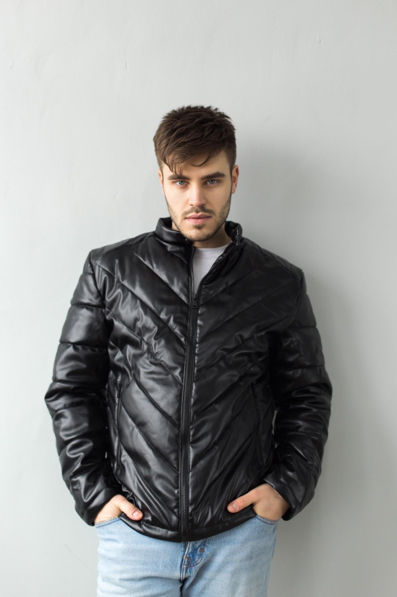 Мужская кожаная стеганая куртка демисезонная COS-01 черная Vidlik